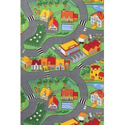 AKCE: 95x543 cm Dětský metrážový koberec Little Village 90