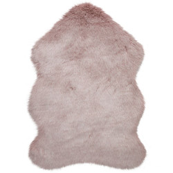 Kusový koberec Freja Faux Fur Copenhagen Blush Pink