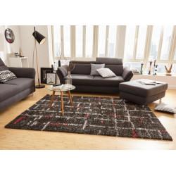 Kusový koberec Nomadic 102696 Schwarz Rot