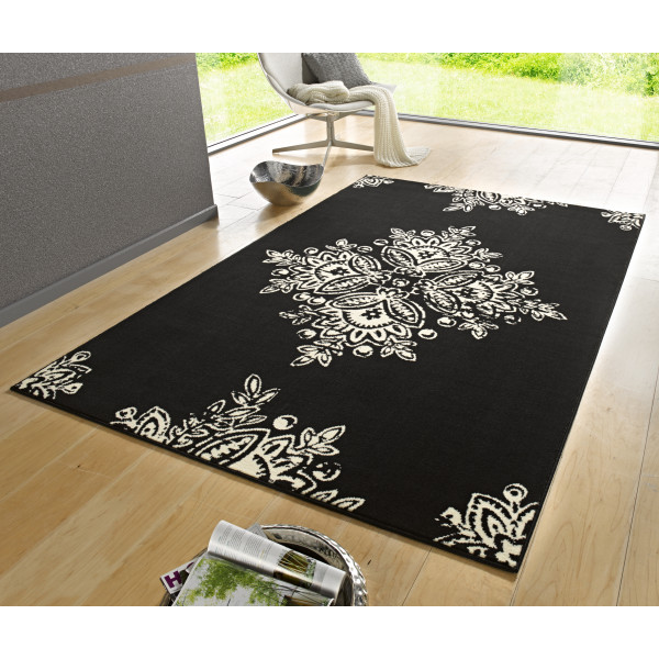 Kusový koberec GLORIA Blossom Schwarz Cremeweiß