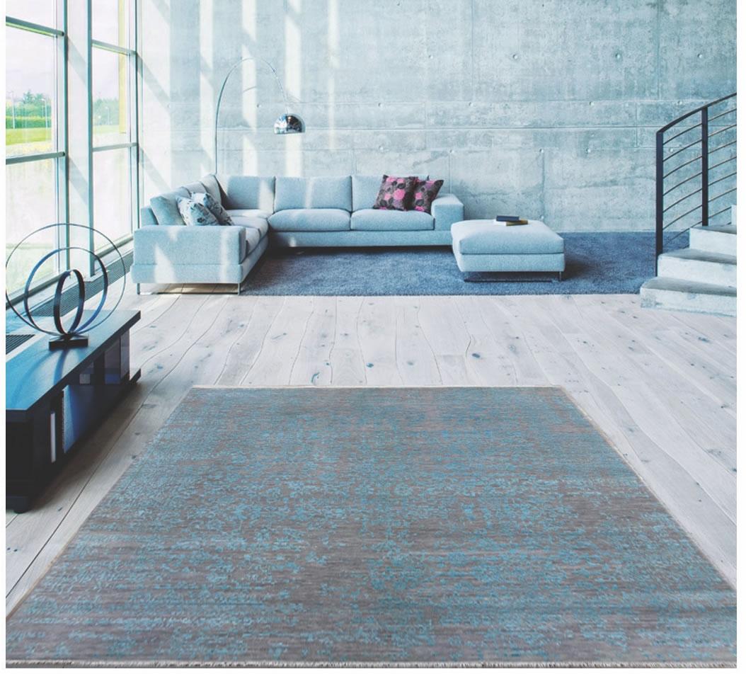 Ručně tkaný kusový koberec Diamond DC-JK 1 silver/pink v místnosti